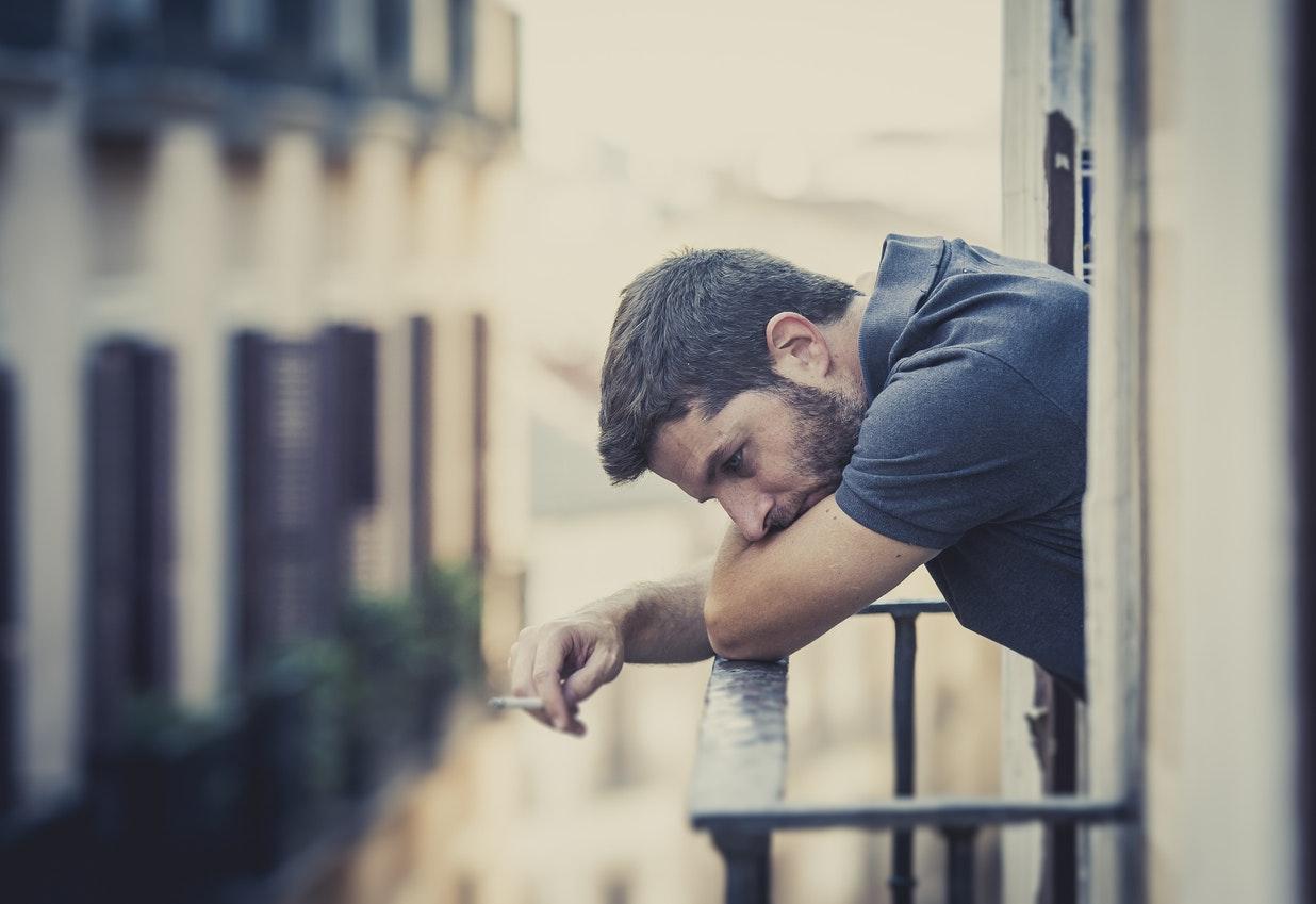 Homme qui fume apres l amour [PUNIQRANDLINE-(au-dating-names.txt) 53