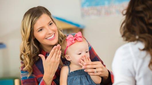 Le langage des signes pour bébé, ça existe!