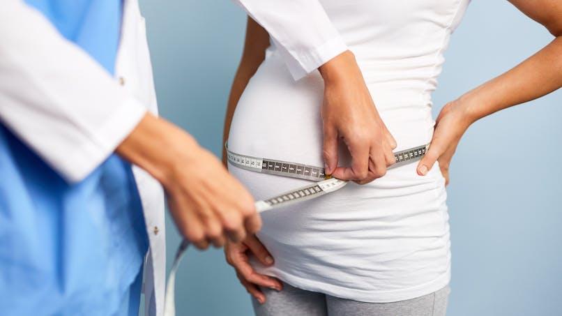 """Retard de croissance in utero : des """"petits poids"""" sous haute surveillance"""