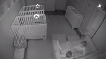 la folle pyjama-party des jumeaux qui ne veulent pas dormir