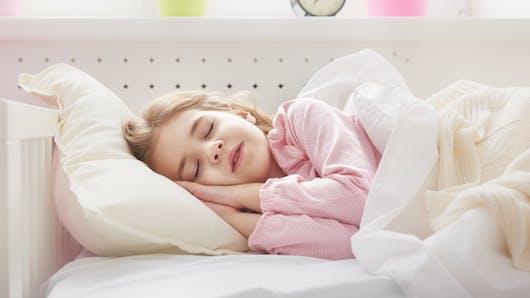 Apnée du sommeil chez l'enfant: pour ne pas nuire au développement du cerveau, il faut la traiter