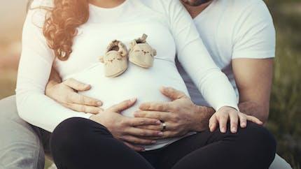 Les Françaises ont leur premier enfant de plus en plus tard