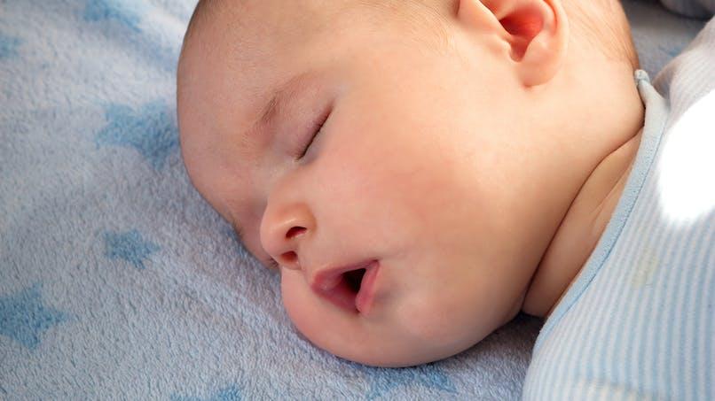 Mort subite du nourrisson : un papa a trouvé la solution pour ne plus avoir peur