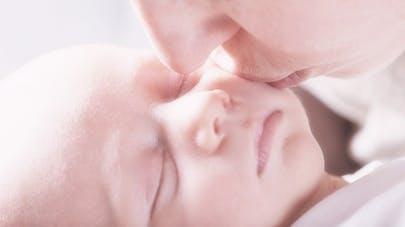bébé pâle