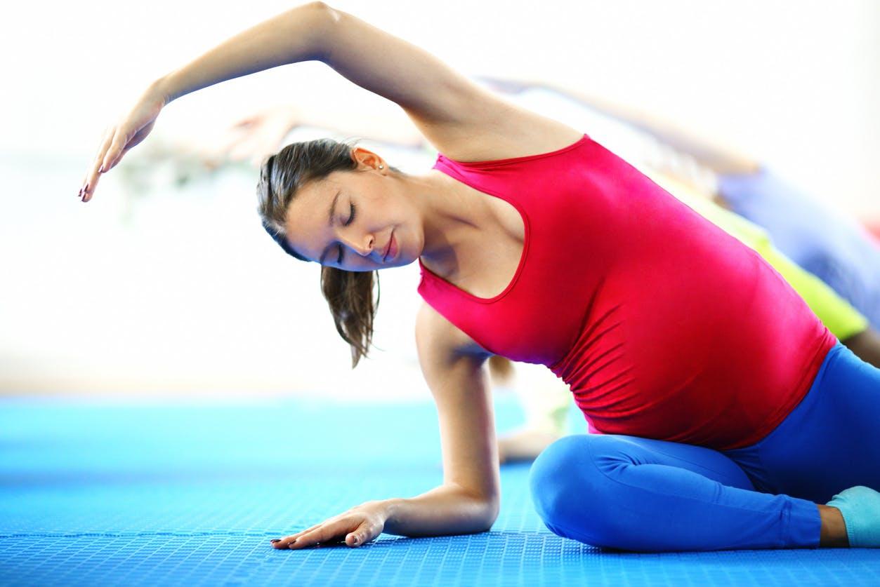 Le Pilates Un Sport Ideal Pendant La Grossesse Parents Fr