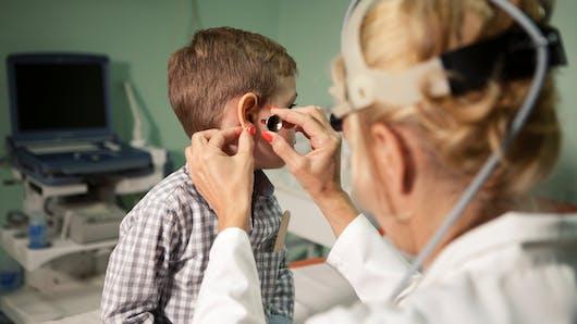 En Italie, un enfant décède d'une otite soignée par homéopathie