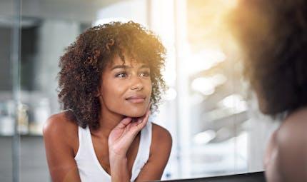 Enceinte : halte aux poussées d'acné !
