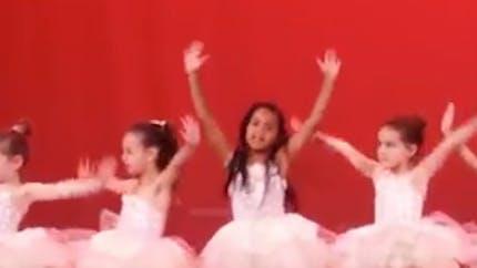 Blue Ivy à son spectacle de danse : la fille de Beyoncé est déjà une show-girl (VIDEO)