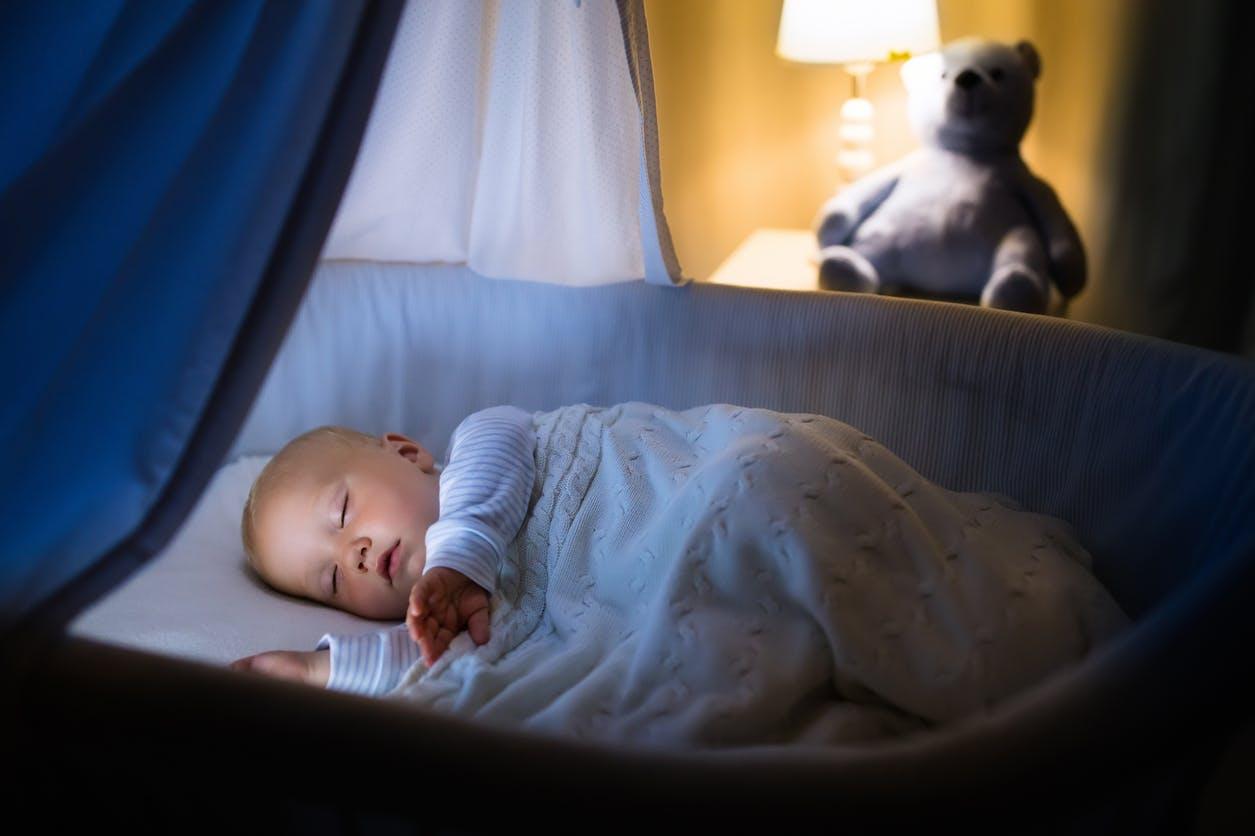 15 Conseils Pour Améliorer Le Sommeil De Bébé Parentsfr