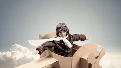 enfant en avion