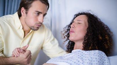 couple respiration accouchement