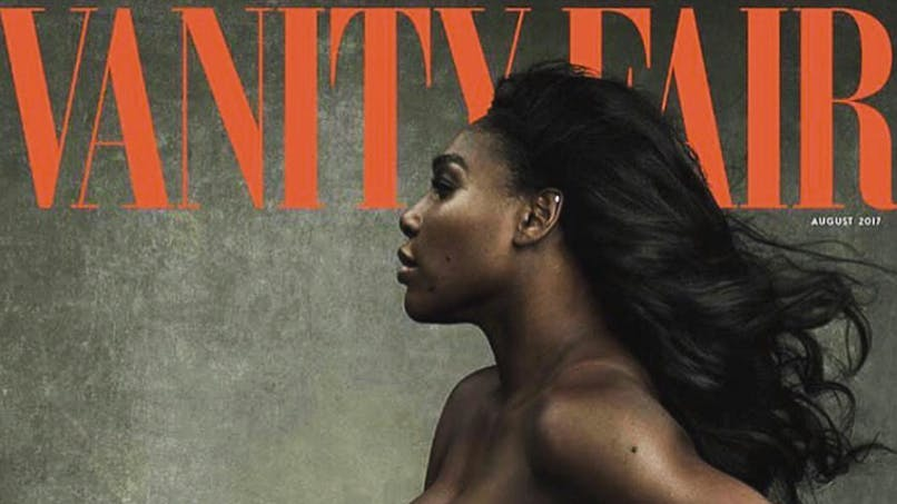 Serena Williams pose nue et enceinte pour Vanity Fair (photos)