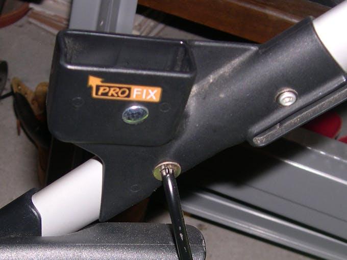 Poussette double Powertwin Pro de Jané - système d'ancrage Pro Fix fixation