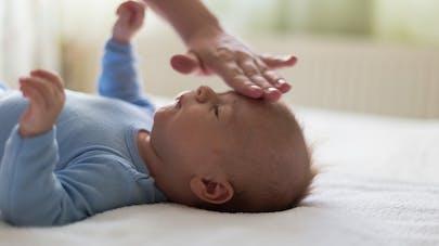 bébé fièvreux