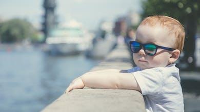 Bien choisir ses premières lunettes de soleil
