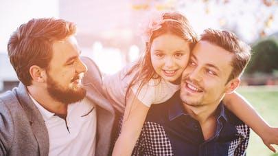 Père homosexuels avec enfants