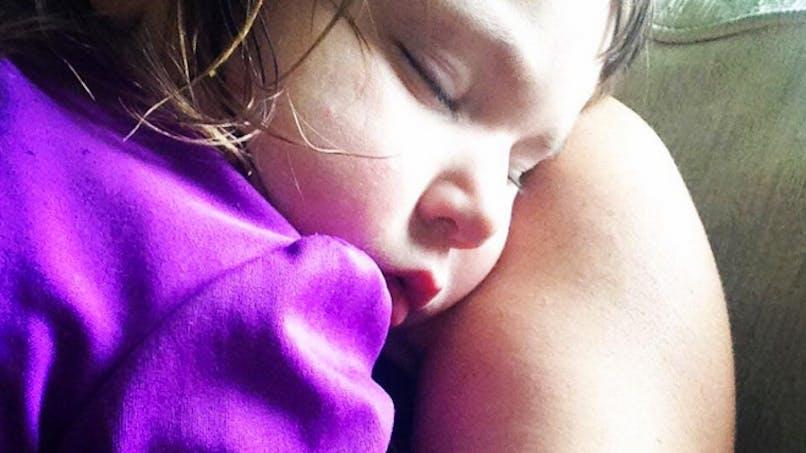 Le témoignage émouvant d'une maman qui a oublié sa fille dans la voiture