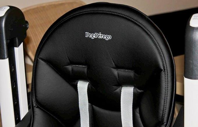 Chaise haute Siesta de Peg-Pérego - éco cuir