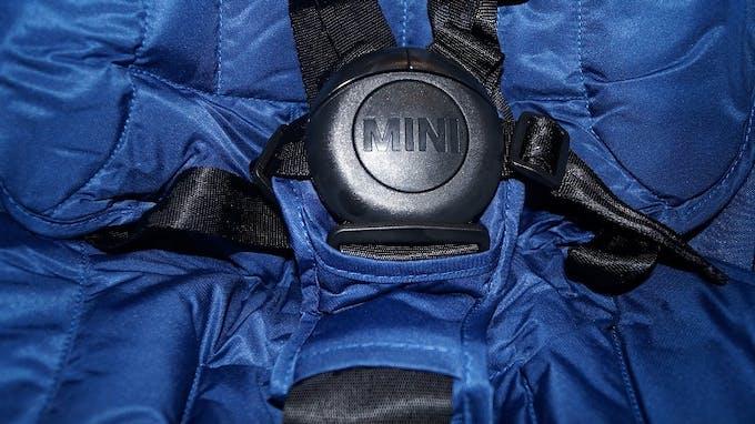Poussette canne MINI Buggy d'Easywalker - harnais sécurité 5 points
