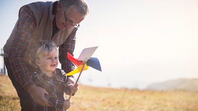 grand-père et son petit fils