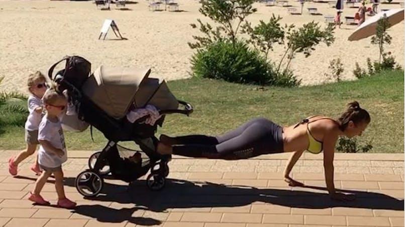 Cette maman fait du sport avec ses enfants pour lutter contre la dépression du post-partum