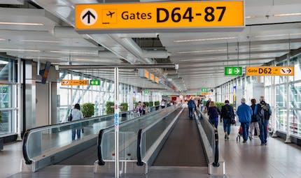 A Nice, un passager avec un bébé frappé par un employé de l'aéroport