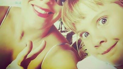 pink et sa fille