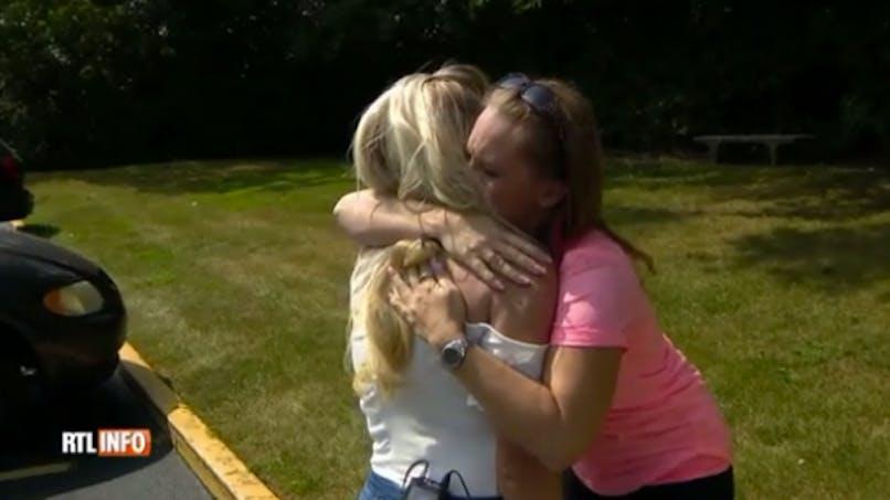 Une maman rencontre la jeune femme qui vit avec le cœur de sa fille (VIDEO)