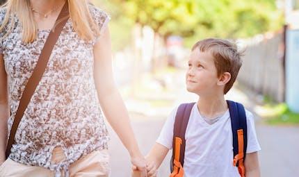 Trajets scolaires: les enfants remarquent les comportements à risque de leurs parents