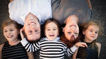 Le benjamin ou le « bébé de la famille »