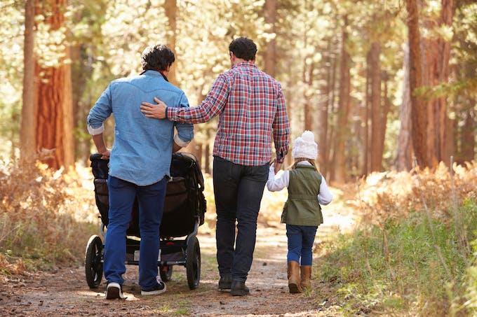 Père homosexuels avec enfants2