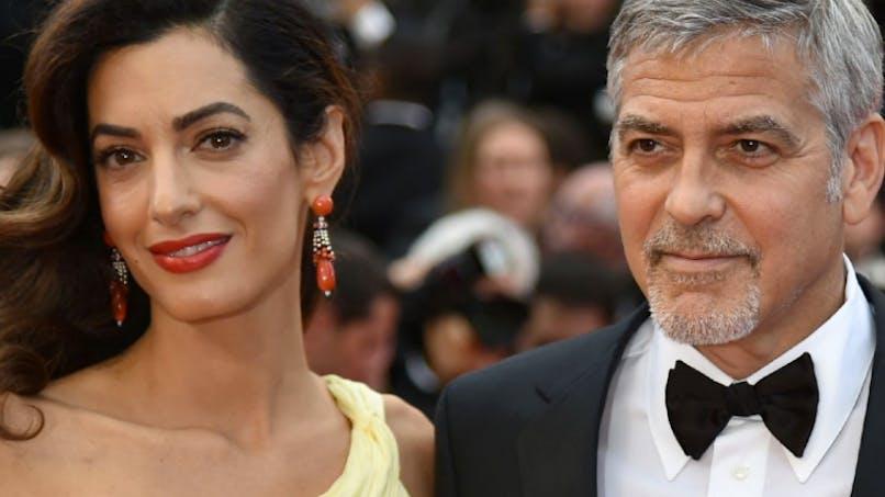 George Clooney admiratif de sa femme qui allaite « des morfales »