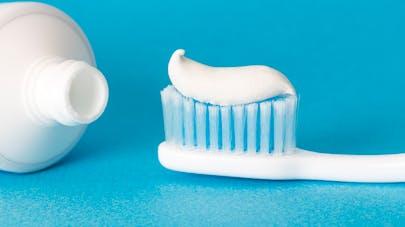 le dentifrice en guise de test de grossesse