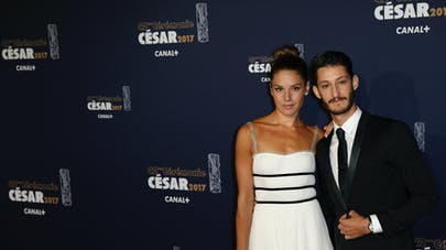 Pierre Niney et  Natasha Andrews