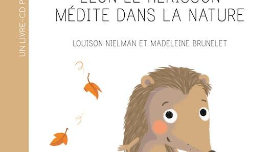 Léon le hérisson médite dans la nature de FLEURUS