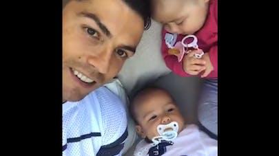 Cristiano Ronaldo dévoile sa petite famille