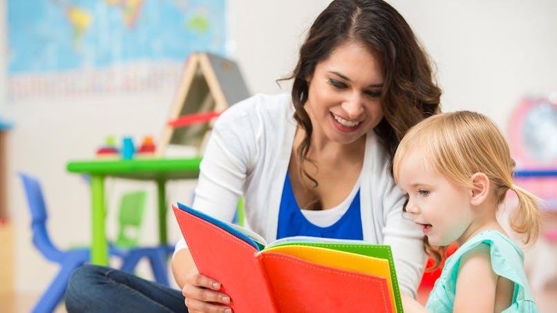 Bien s'entendre avec la maîtresse aide à avoir de bons résultats scolaires