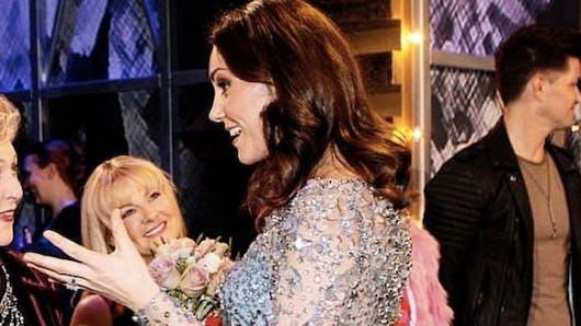Kate Middletonmontre son baby-bump