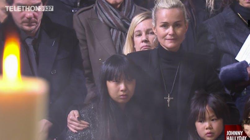 Hommage à Johnny Hallyday : le courage de Joy et Jade face à la mort de leur père (photos)