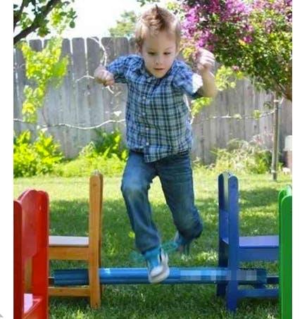 La course d'obstacles dans le jardin