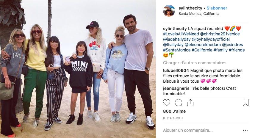 Retour à Los Angeles pour Laeticia Hallyday et ses filles