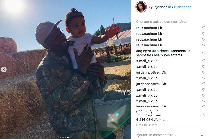 Rare photo de Stormi, la fille de Kylie Jenner, et de son papa