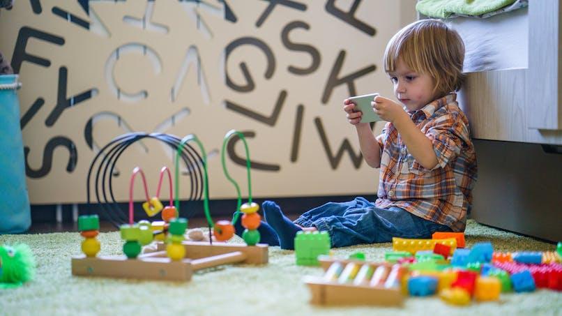 Des actionnaires d'Apple se battent pour lutter contre l'addiction des enfants aux Iphone