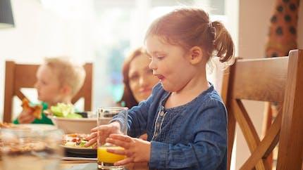 Nutrition : les bons aliments pour aider votre enfant à retrouver la forme
