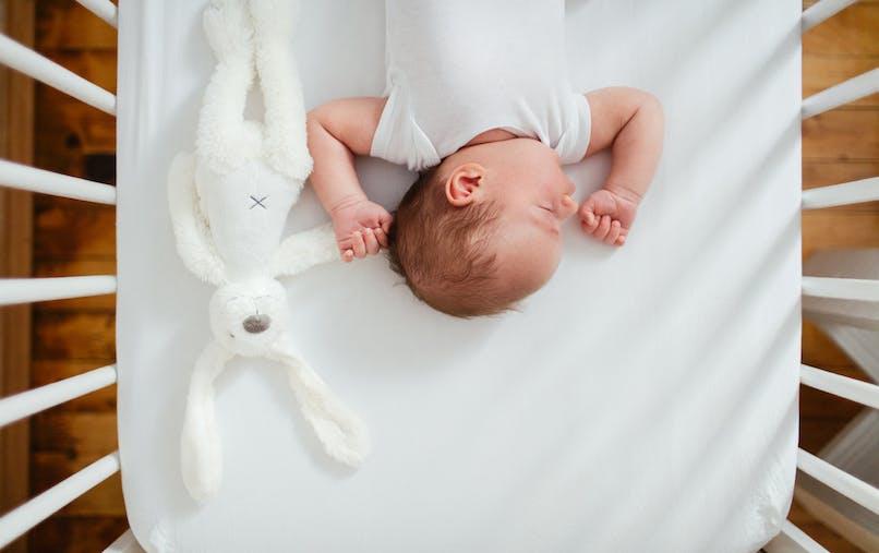 bébé qui dort