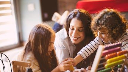 Comment bien choisir l'assistante maternelle de bébé
