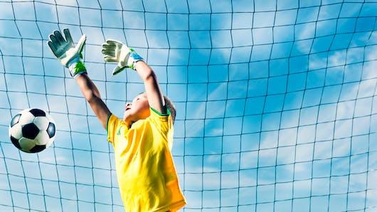 Jeux de ballon: c'est bon pour les os des enfants!