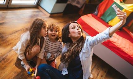 Baby-sitter : conseils pour bien la choisir