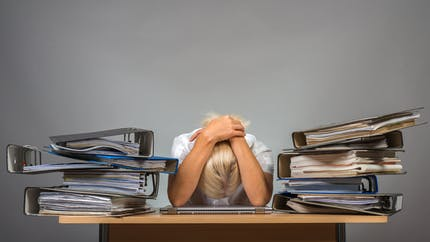 Burn-out: le gouvernement estime que ce n'est pas une maladie professionnelle