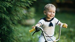 Mon enfant apprend à faire du vélo